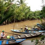 Vietnam-Guiding-Bentre-Sampan-Ride