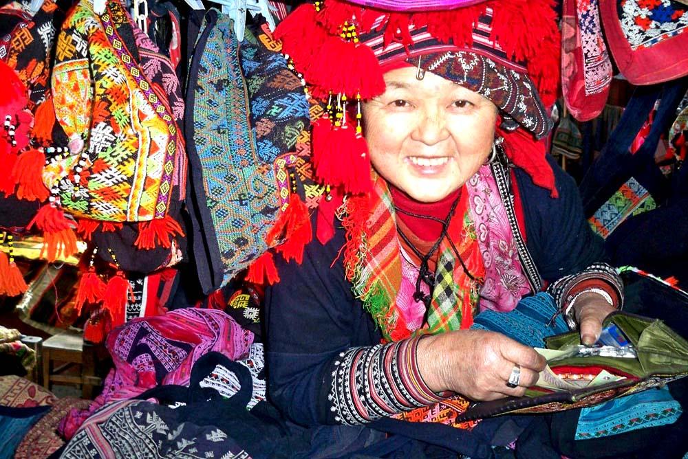 Sapa - Red Dao Woman